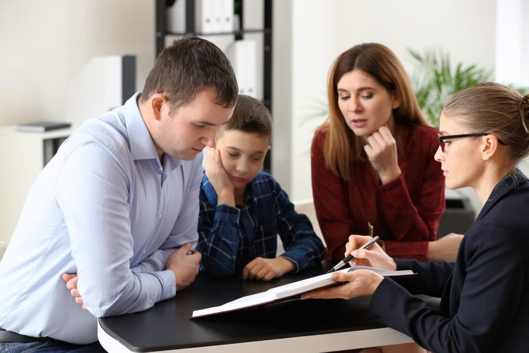 Sole vs Joint Legal Custody | parents in custody meeting